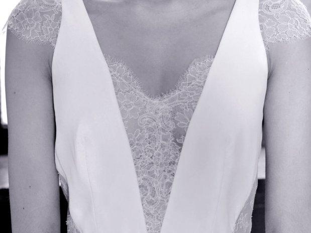 stephanie-wolff-paris-collection-signature-modele-Primavera-robe-mariee-paris-boheme-retro-credit-photo-julie-coustarot(12)
